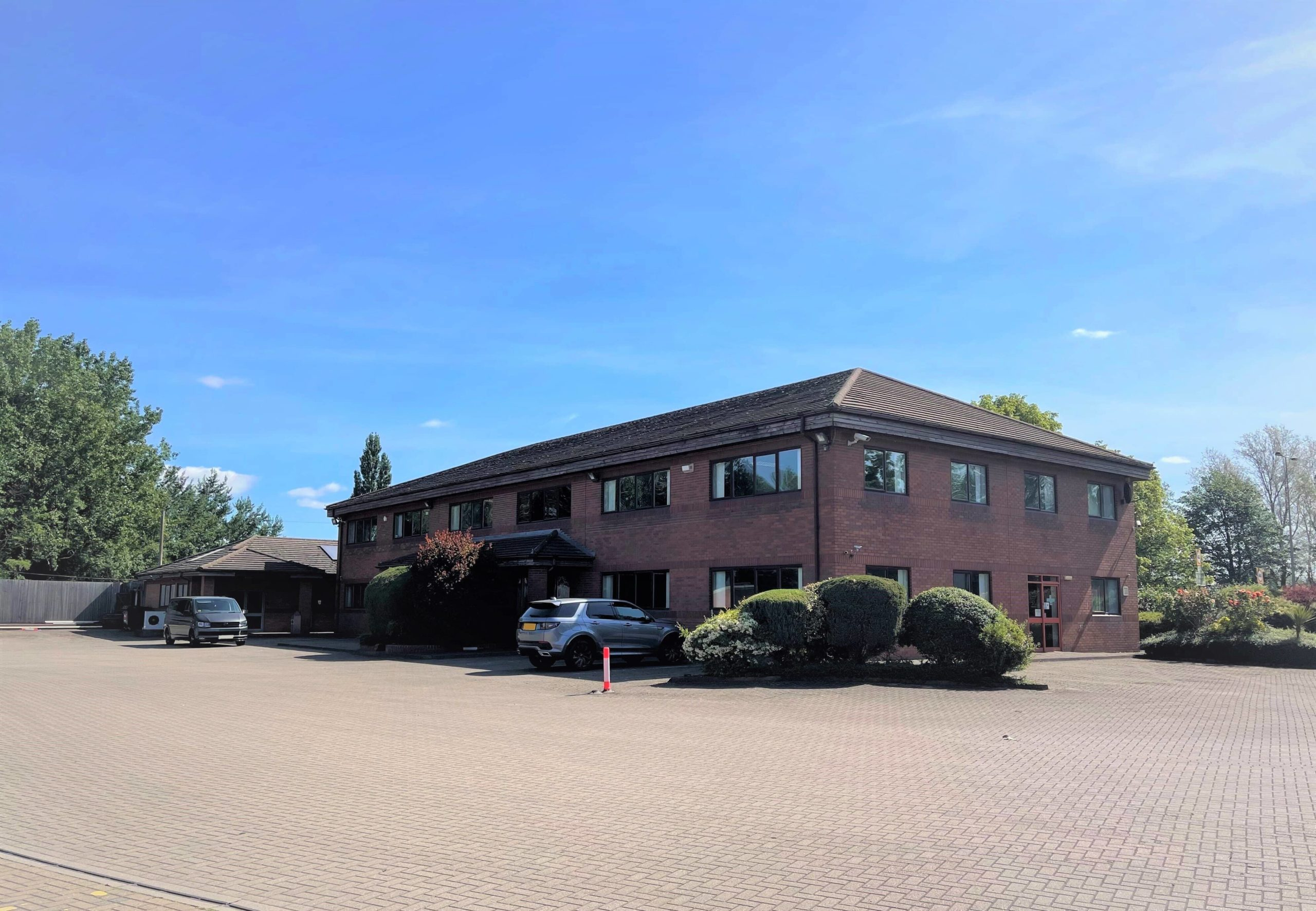 LONG TERM LEASE TAKEN ON BY FLOORING DIRECT main image